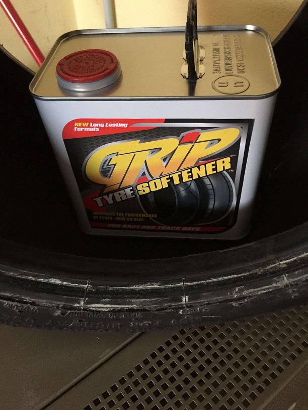 Grip Tyre Softener